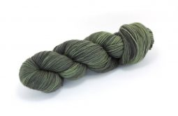 MERINO SINGLE Fingering Black Olive
