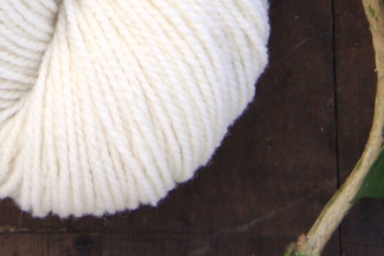 GERMAN MERINO Pure White zoom