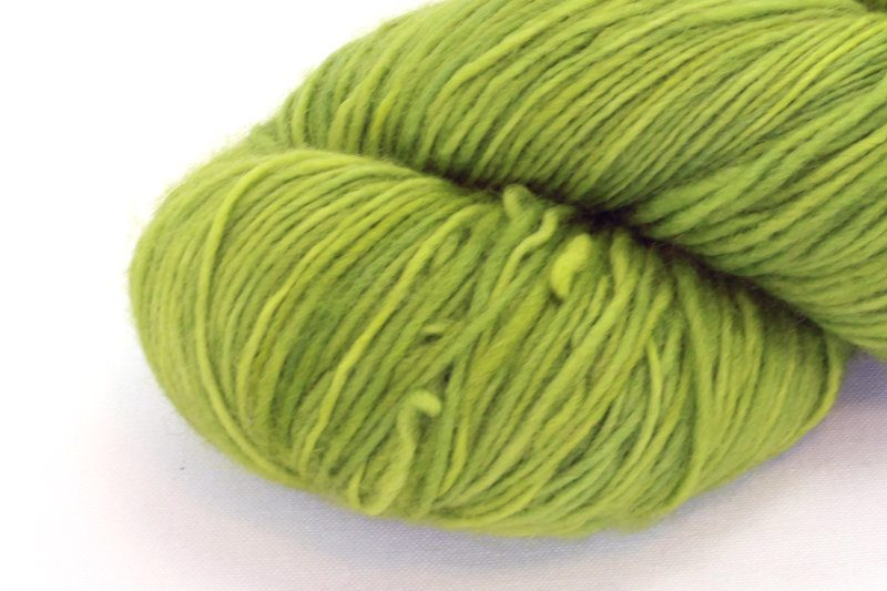 MERINO SINGLE Fingering Moss zoom