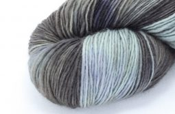 MERINO SINGLE Fingering Mystic Forest zoom