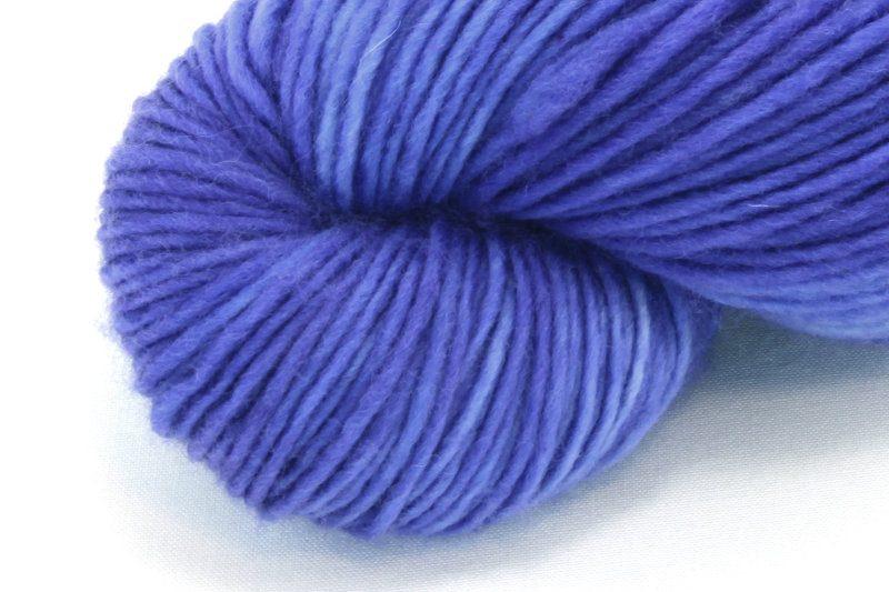 MERINO SINGLE Worsted Lapis Lazuli zoom