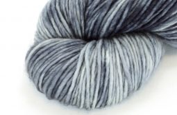 MERINO SINGLE Worsted Shadow zoom