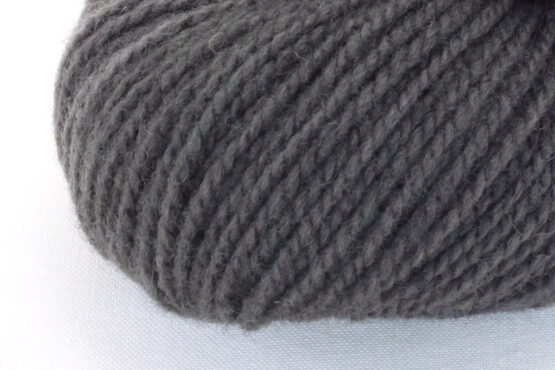 GERMAN MERINO - Hickory zoom