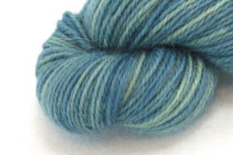 Finnwool Naturally Dyed - Avocado Indigo zoom