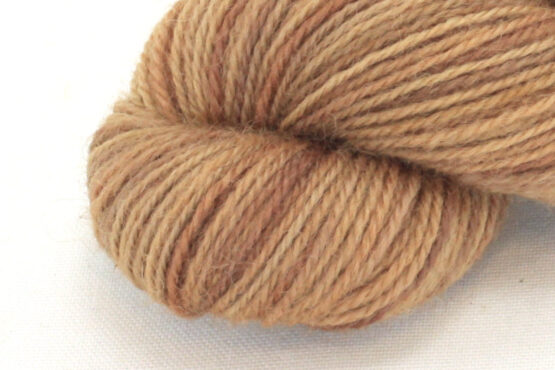 Finnwool Naturally Dyed - Viscum Madder zoom