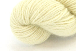 Finnwool Naturally Dyed - Viscum zoom