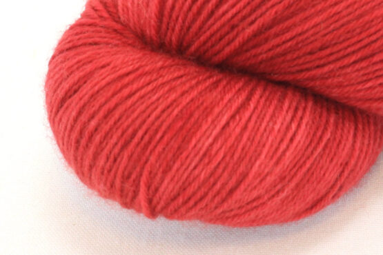 SOCK FINE 4ply - Carmine Red zoom