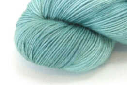 SOCK FINE 4ply - Sage zoom