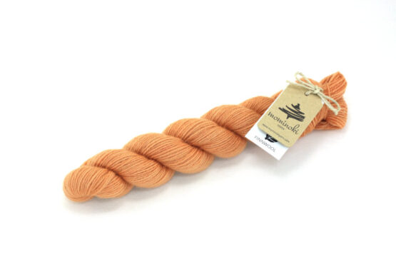 Finnwool Naturally Dyed - Madder Apricot